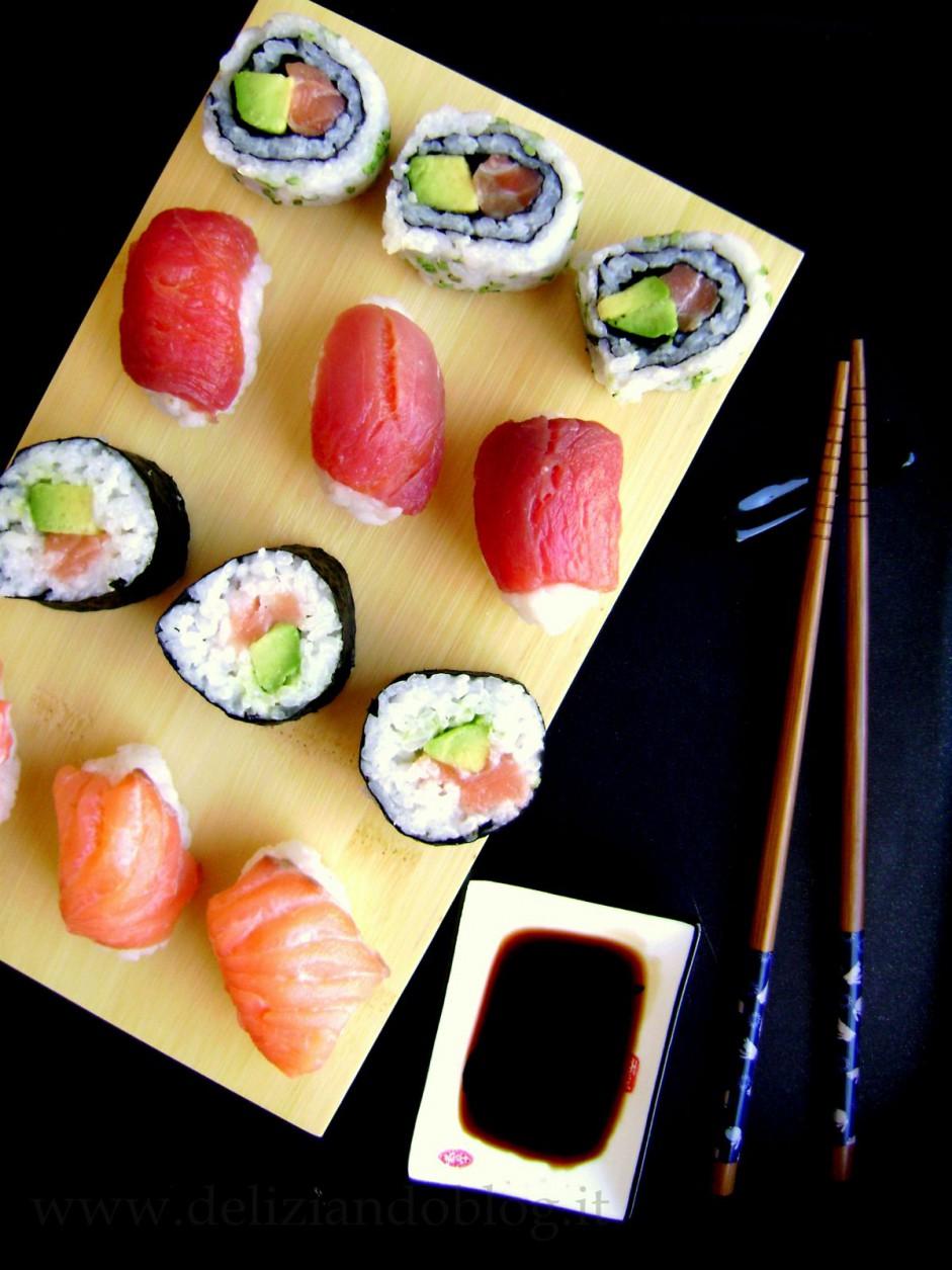 Sushi fatto in casa con la ricetta facile deliziando - Ricette cucina giapponese ...