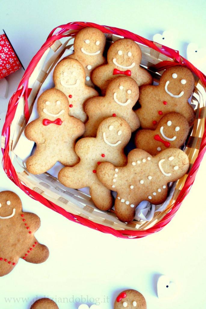 Omini di pan di zenzero (gingerbread), i biscotti di Natale da regalare