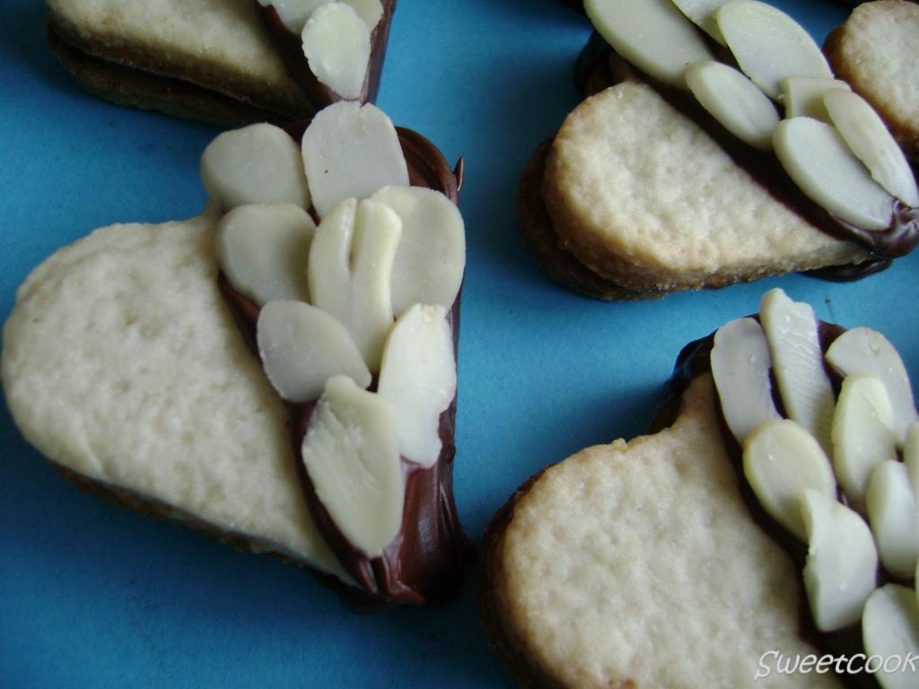Biscottini di yogurt e mandorle glassati