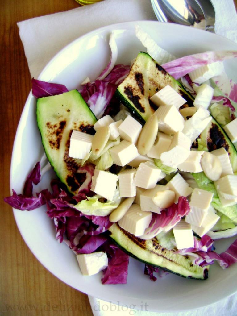 Insalata di iceberg, zucchine & tofu
