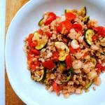 Insalata di farro con gamberetti e verdure