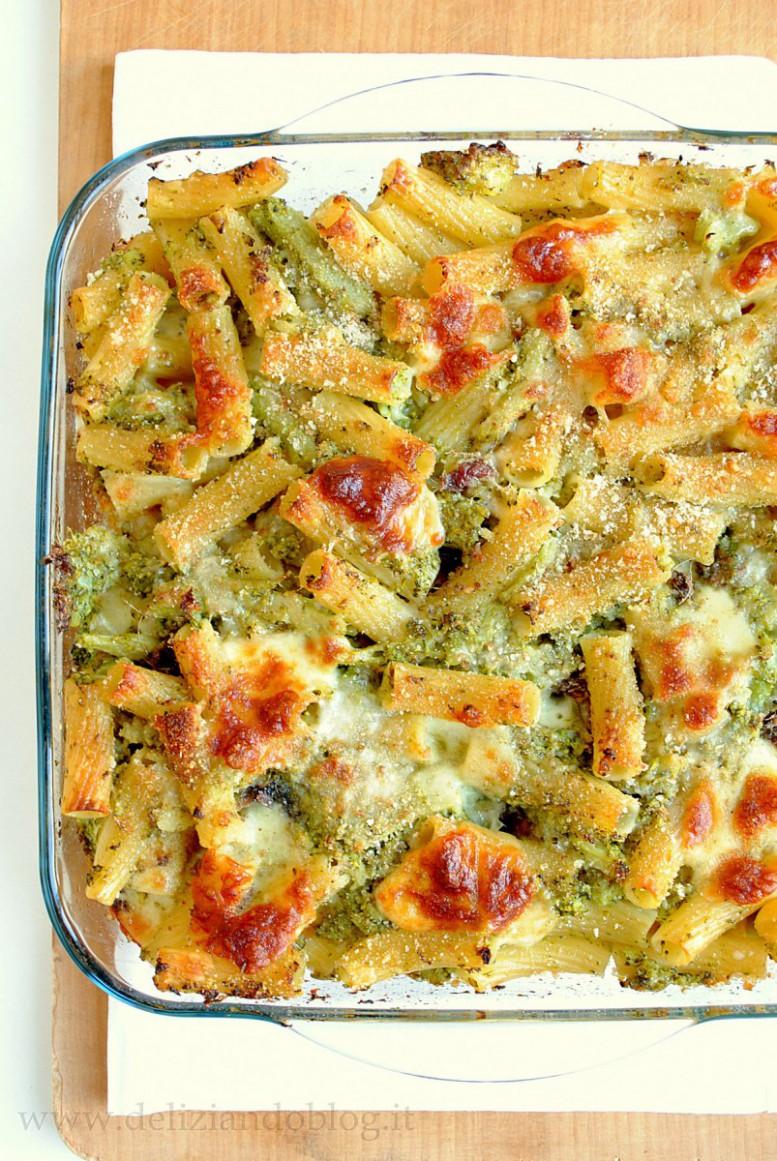 Pasta forno broccoli scamorza