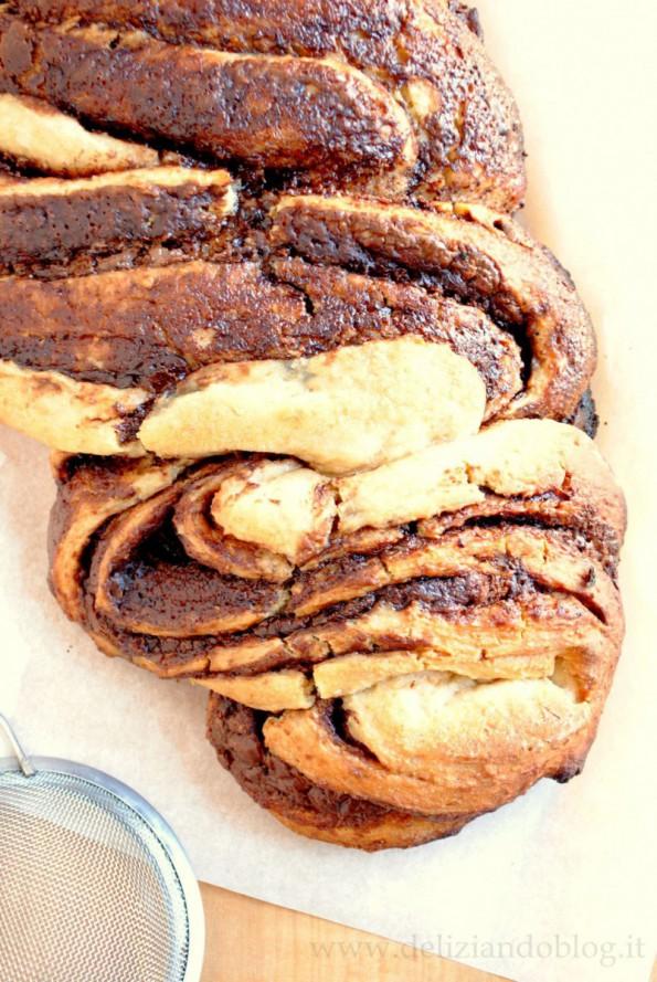 Treccia dolce ripiena nutella farina integrale