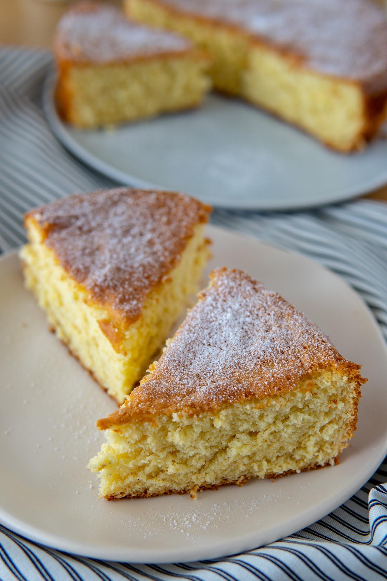 Pan di spagna al miele, la ricetta alternativa