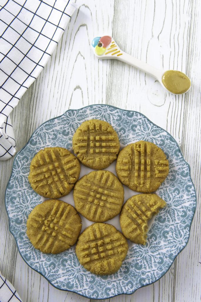Biscotti al burro di arachidi con 3 ingredienti